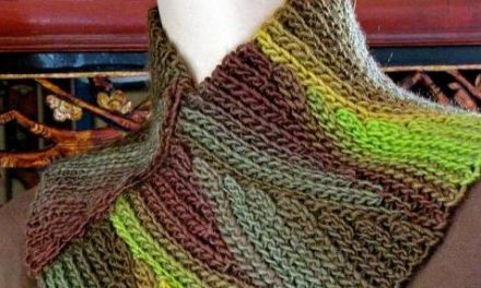Paid Crochet Pattern of the Day: Slip Tectonics Cowl