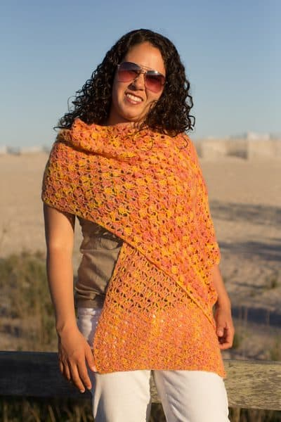 Kismet Sunset Shawl, available for $4.00 on Ravelry