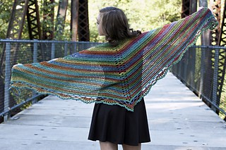 Tangier_Wildflowers_Shawl_Laura_Krzak
