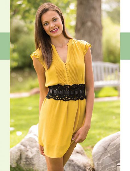 Colorful_Crochet_Lace_-_Brigitte_Wide_Belt_beauty_image_medium2