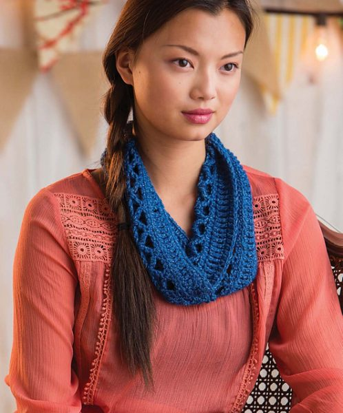 Enmeshed Cowl