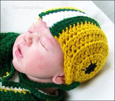 Football_Newborn_Helmet_Yarn_Twins_Yarnovations