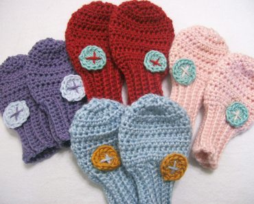 Sweet Little Mittens | Apri Garwood