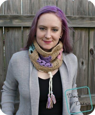 Amber Millard in Viola Convertible Cowl