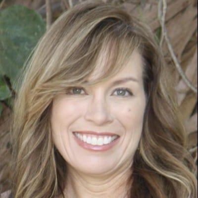 Carolyn Calderon