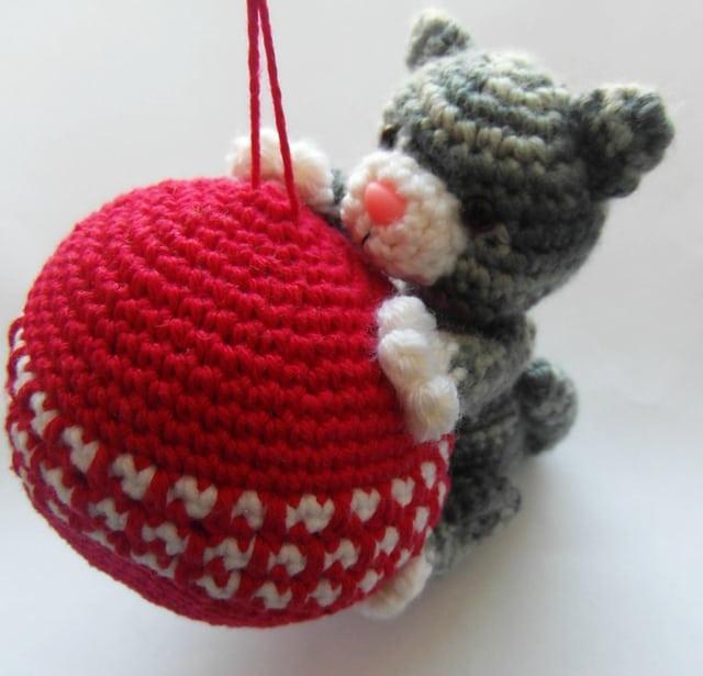 Purrfect Kitty Ornament |Justyna Kacprzak