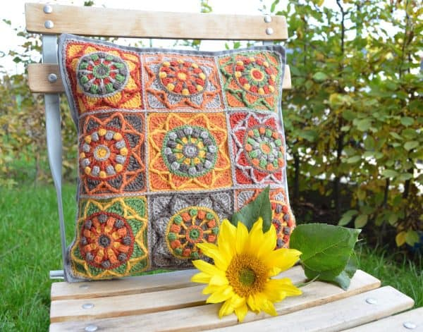 Sunflower PIllowcase | Tatsiana Kupryianchyk