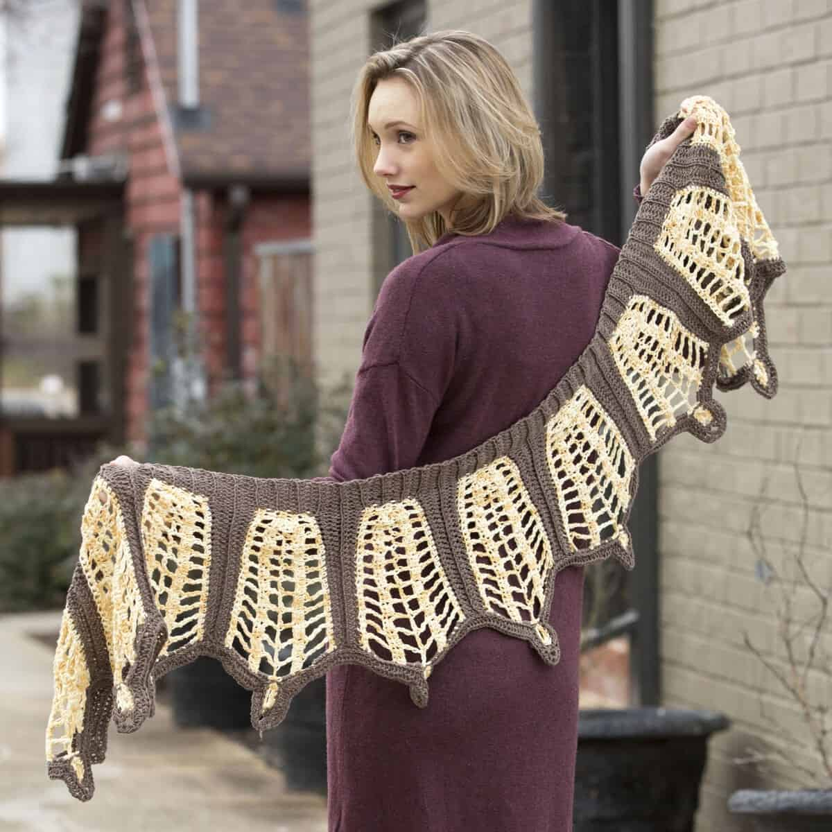 Good Earth Eurimedia Shawl | Contrarian Shawls 2 | Universal Yarn