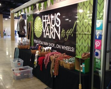 Haus of Yarn Bus