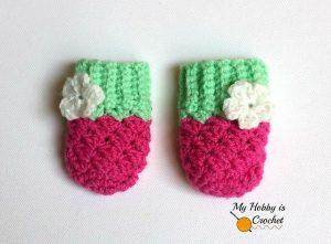 blooming-berry-baby-mittens-kinga-erdem