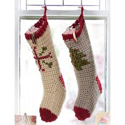 cross-stitch-stockings-bernat