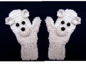 polar-bear-mittens-emi-harrington