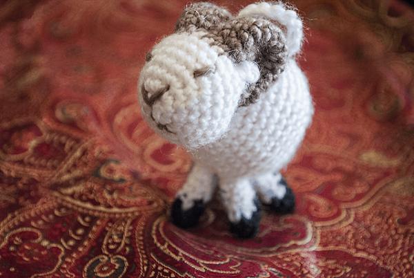 ram-crochet-kitten
