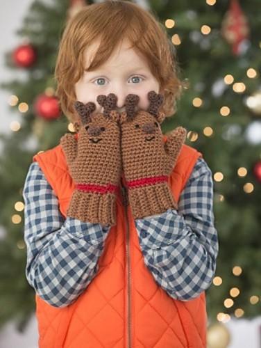 reindeer-mittens-amy-gaines-lion-brand-yarn