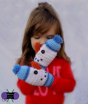 snowman-mittens-sonya-blackstone