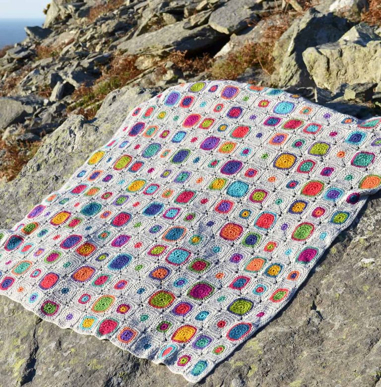 Amanda Perkins | Amanda's Crocheted Blankets | Scrumtious Bubbles