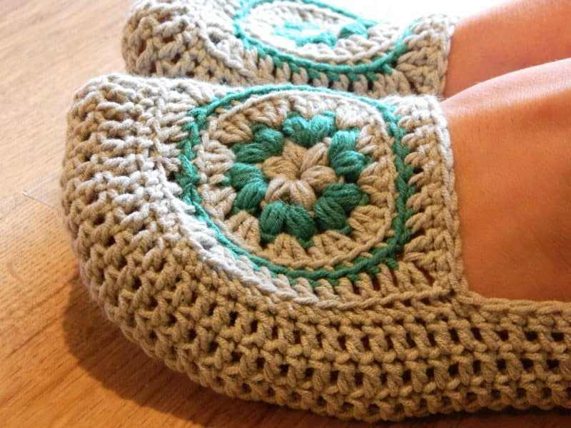 #48 Crochet Slippers - Melissa Thibault