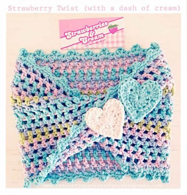 Anneke Wiese | Crochet in Paternoster | Strawberry Twisty Crochet Cowl