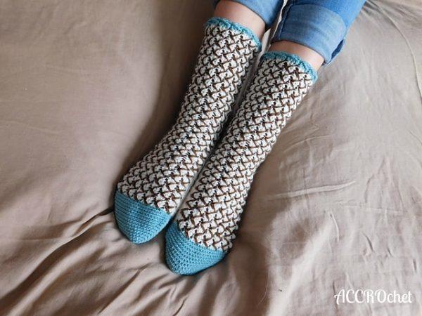 Julie Desjardins | ACCROchet | Mint Chocolate Chip Socks