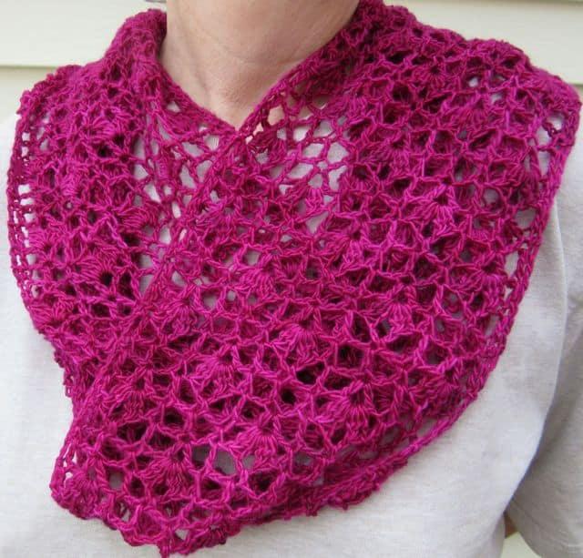 Kathy Kelly | Crochet Bird | Whispering Flowers