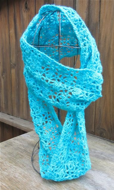 Kathy Kelly | Crochet Bird | Whispering Flowers Infinity Scarf
