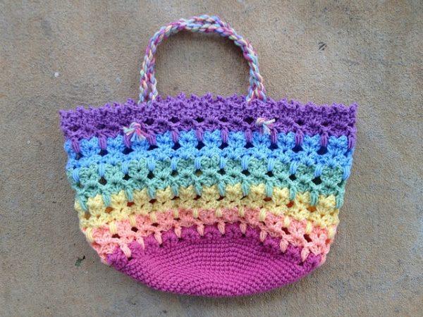 Leslie Stahlhut | Crochet Bug |Graphic Cat Bag