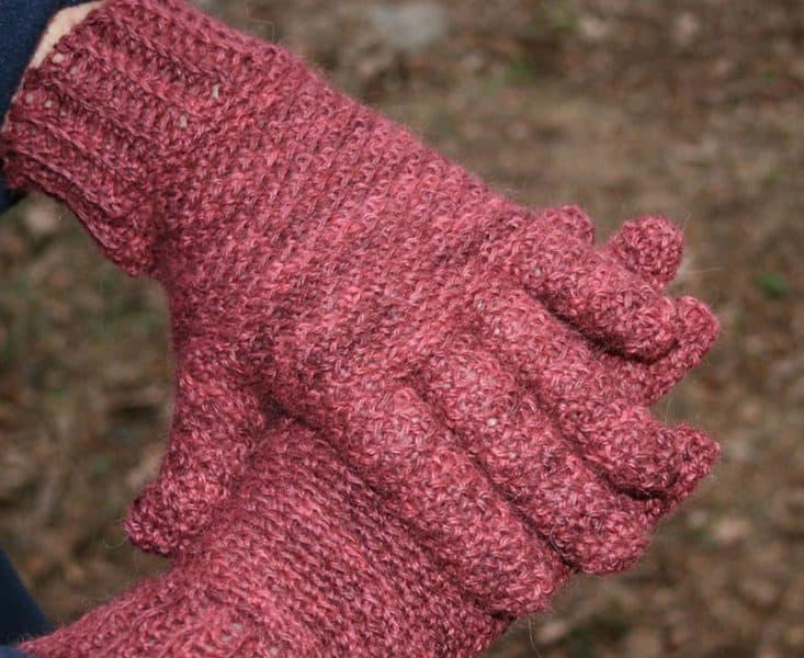 Rice Paper Weave Gloves & Hat Set - Crochet - Linda Dean