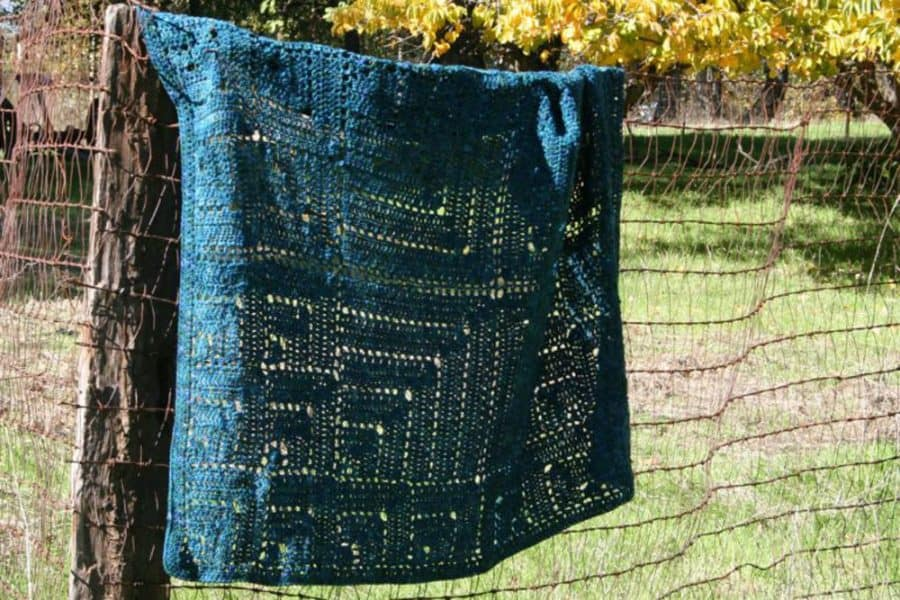 Transmute Square Throw - Crochet - Linda Dean