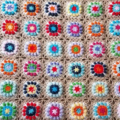 Flower Pop Granny Square Blanket